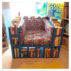 break from the norm: make your own Bookshelf Chair! Awesome DIY Project for the creative bookworms in my life.A break from the norm: make your own Bookshelf Chair! Awesome DIY Project for the creative bookworms in my life. Pallet Furniture, Furniture Making, Pallet Chairs, Modern Furniture, Recycled Furniture, Garden Furniture, Cinder Block Furniture, Furniture Cleaning, Futuristic Furniture