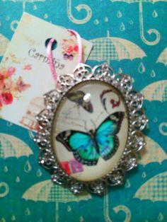 Broche camafeo mariposa