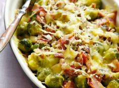 Baked brussel sprouts with bacon and cheese.  Delicious winter casserole (translated from dutch)