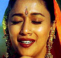 "Madhuri Dixit - ""Sason Ki Mala Pe"" from Koyla"