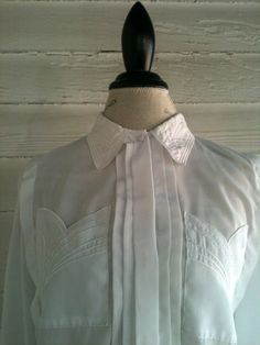 Vintage White Shirt with Cool Embroidered Scalloped Pockets by runaroundsuevintage, $22.00