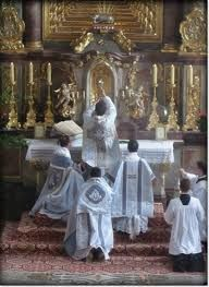 So sacred. #catholic #traditional