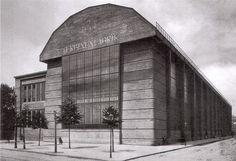 Peter Behrens AEG Turbine Hall 1909