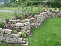 Landscaping With Rocks, Backyard Landscaping, Landscaping Ideas, Stone Raised Beds, Above Ground Garden, Building Raised Garden Beds, Dry Stone, Succulents In Containers, Outdoor Gardens