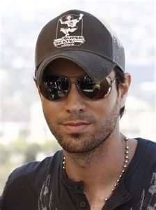 Enrique Iglesias so fine!