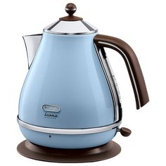 Buy a used Delonghi Icona Vintage Jug Kettle. ✅Compare prices by UK Leading retailers that sells ⭐Used Delonghi Icona Vintage Jug Kettle for cheap prices. Sydney White, Design Retro, Cord Storage, Style Retro, House Of Fraser, Small Kitchen Appliances, Kitchen Gadgets, Retro Appliances, Retro Kitchens