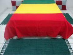 http://www.fazendoarteatelie.com/Kit-Tapete-com-3-pecas-feito-em-tear-Cor-Verde/prod-2153453/