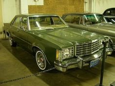 1976 Ford Granada sedan