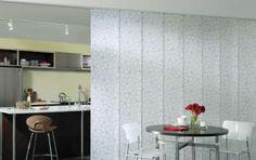 Cucina e soggiorno separati - Separé con tende