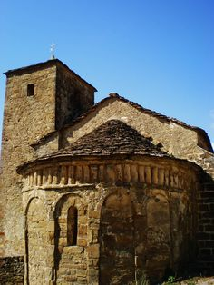 Os invitamos a pasear por la iglesia parroquial de Santa María de Isún de Basa #historia #turismo  http://www.rutasconhistoria.es/loc/santa-maria-de-isun-de-basa