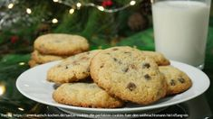 A Mikulás történetében sokszor halljuk, hogy a gyerekek szeretnék viszonozni a Télapó kedvességét. Itt az alkalom: süssünk egy finom sütit neki - mutatjuk, hogyan! Pumpkin Juice, Baked Beans, Baking, Desserts, Food, Biscuits, Chocolate, Just Bake, Santa Clause
