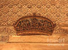 ,the alhambra, architecture,castle,cities,monuments,patio del cuarto dorado, la alhambra. granada. spain,the alhambra, arquitecture, architectural, building, buildings, granada, spain, cities, city, monuments, urban, europe, culture, ,column,columns,tourism, cityscape, historical, historic, door,details,mexuar