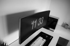Clean Ultrawide setup (in black and white) - Imgur