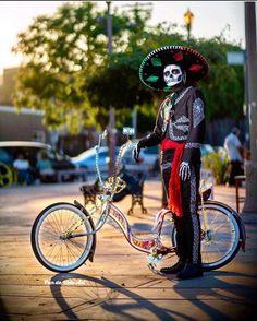 Sugar Skull Art, Golf Bags, Pop Art, Bicycle, Motorcycle, Artist, Instagram Repost, Pictures, Image