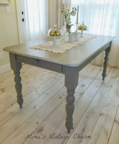Mimi's Vintage Charm: Farmhouse Table in French Linen Chalk Paint