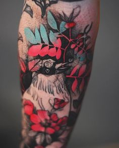 50 Elegant Animal Tattoos In Psychedelic Colors By A Polish Artist Skin Color Tattoos, Body Art Tattoos, Sleeve Tattoos, Cool Tattoos, Wing Tattoos, Armband Tattoo, Sanskrit Tattoo, Skull Sketch, Tattoo Designs