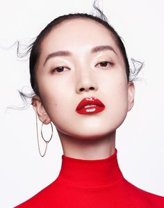 Florian Sommet - China Issue 701 Showcase May 2018 magazine Red Makeup, Asian Makeup, Hair Makeup, Make Up Looks, Eyeliner, Bright Red Lipstick, Beauty Shoot, Glossy Lips, Fashion Poses