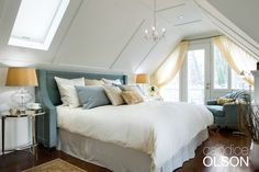 Levels of light provide this couple with areas for reading and relaxing. #candiceolson