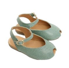 Peep toe for the babes. Umm So darling. Just what Penny needs.