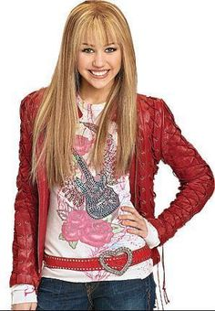 hannah montana Photo: fan photo by me.while her hannah montana photoshoot was on. Hannah Montana Outfits, Hannah Montana Forever, Miley Cyrus, Pop Star Costumes, Lgbt, Miley Stewart, Old Disney Channel, Girl Outfits, Band Outfits