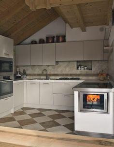 Herde - Tischherde - Sigmund Kachelofen und Fliesen Kitchen Cabinets, House, Kitchen Ideas, Home Decor, Amazing, Outside Wood Stove, Kitchens, Home, Tiling