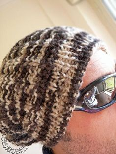 #FreeKnittingPattern - Hubby's Tube Hat - click the image for the free instant download of the pattern!
