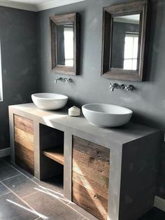 Badezimmer Dekor & Wohnkultur & Rustikal & Bauernhaus & Bauernhaus & Landsitz & B & & & The post Badezimmer Dekor appeared first on Dekoration. Diy Bathroom, Modern Bathroom, Small Bathroom, Bathroom Ideas, Bath Ideas, Remodel Bathroom, Dark Grey Bathrooms, Cement Bathroom, Bathroom Grey
