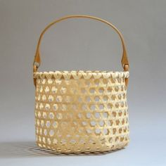 hex-weave onion basket was handwoven by Alice Ogden from ash