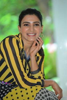 samantha at oh baby movie promotion Hollywood Actress Wallpaper, Hollywood Actress Name List, Hollywood Actresses, Samantha Photos, Samantha Ruth, British Actresses, Hot Actresses, Baby Movie, Bollywood Heroine