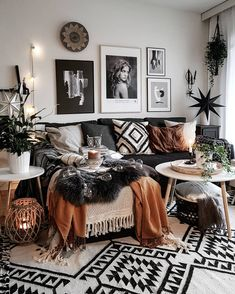Modern And Cozy Living Room Inspiration Ideas – Living room is a fundamental part of the house where we gather with our family. In that room we can have relaxed, chatting or any other entertainment…. Boho Living Room, Cozy Living Rooms, Living Room Interior, Apartment Living, Home And Living, Modern Living, Small Living, Cozy Apartment, Brown And Green Living Room
