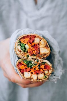 Packed With Protein and Veggies, These Ginger Peanut Tofu Wraps Are a Lunchtime Win - Hello Veggie Vegetarian Picnic, Vegetarian Recipes, Vegetarian Wraps, Vegetarian Sandwiches, Vegetarian Protein, Tofu Recipes, Vegan Lunches, Healthy Snacks, Healthy Fats