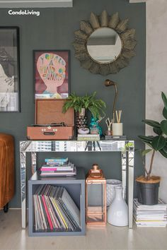 Renovated Eclectic Condo Laureen Uy Tours Us Inside Her Newly Renovated Condo Get tinspired Give your room some vintage style From backsplashes to wallpaper tin is in Se. Vintage Style, Vintage Fashion, Home And Living, Living Room, Classic Home Decor, New Room, Backsplash, Tin, Condo