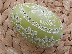 Eastern Eggs, Easter Egg Designs, Egg Art, Egg Decorating, Quilling, Applique, Carving, Green, Wood