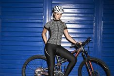 Reflective Cycling wear $120 #fitnesspr #ciclismo #ciclismopr