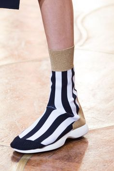 Spotlight: The Best Shoes From Paris Fashion Week - ELLE.com