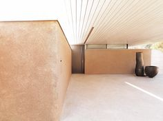 Haus - Ein gesamtheitliches Gestaltungskonzept in Linz Building Windows, Building Concept, Exposed Concrete, Ceiling Height, Home Interior Design, Home Projects, Architecture Design, Floor Plans, Contemporary