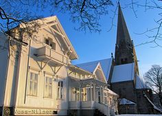 Vålerenga_prestegård by Voss-Nilsen, via Flickr Close To Home, Oslo, Norway, Cathedral, Mansions, Architecture, House Styles, Building, Photos