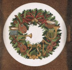 CCS  Musical Instruments Christmas Wreath by BusyBeaverBoutique