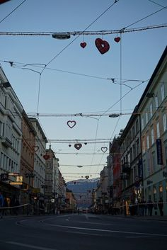 Tyrol and the capital of the Alps, Innsbruck - Backpack Globetrotter Visit Austria, Winter Sports, Alps, Backpack, Travel, Viajes, Winter Sport, Destinations, Traveling