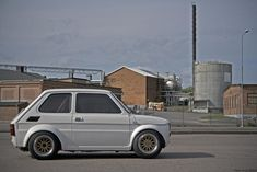 I'm stumped. Honda At any rate this is an excellent example of. Fiat 126, Microcar, Classy Cars, Steyr, Small Cars, Car Pictures, Cars And Motorcycles, Vehicles, Mini Donuts