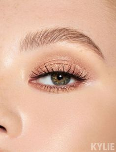 Kylie Cosmetics eyeshadow pressed single in the shade Buzz Off, a metallic champagne taupe. The eyeshadow singles are highly-blendable, pigmented pressed powder shadows in a creamy texture, available in multiple finishes. Makeup Inspo, Makeup Inspiration, Makeup Tips, Beauty Makeup, Hair Makeup, Makeup Ideas, Beauty Tips, Makeup Products, Makeup Glowy