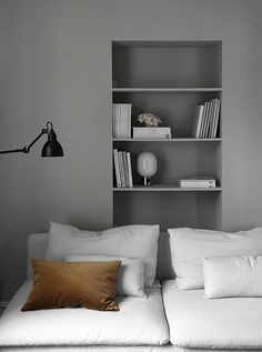 Living room with gray walls by Elisabeth Heier