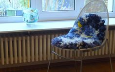 winterglück und veilchenblau  stuhl shaggy