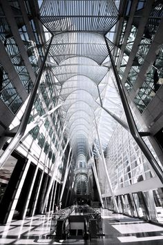 Allen Lambert Galleria in Toronto by Santiago Calatrava ? : Allen Lambert Galleria in Toronto by Santiago Calatrava ? Futuristic Architecture, Beautiful Architecture, Contemporary Architecture, Architecture Details, Interior Architecture, Chinese Architecture, Famous Architecture, Interior Design, Santiago Calatrava