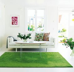 One Simple Idea: Bring the Outdoors Inside with a Grass-Green Rug  HA!! i knew i wasnt crazy for wanting a grass-like rug in my living room/family rm. thank u Apartmenttherapy!