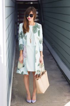 ladylike in mint and floral (M Loves M) – Leah Miel ladylike in mint and floral (M Loves M) Summer Coat ✿ Floral ✿ White Dress ✿ Heels ✿ Sunglasses ✿ Pink Lips ✿ Necklace ✿ Spring Summer Fashion, Spring Outfits, Outfit Summer, Jw Mode, Mode Hijab, Mode Inspiration, Fashion Inspiration, Look Chic, Looks Style
