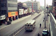 高雄市鹽埕區大勇路 (1970, 美軍 Carpenter 於天橋攝影)