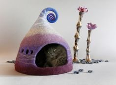 Purple chat grotte, lit de chat, bleu lila blanc, Cat house, grotte de chat style nordique, maison Pet, feutre chat grotte, laine naturelle, éco,
