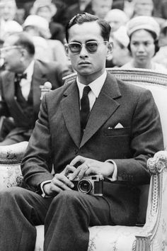 10 THINGS YOU DIDN'T KNOW ABOUT THAILAND'S KING BHUMIBOL ADULYADEJ