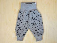 Baby Sweat-Pumphose STERNE, grau-anthrazith  von Liebling Berlin auf DaWanda.com